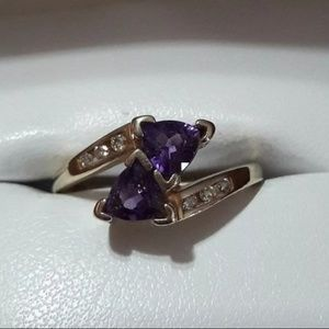 Amethyst Gemstone and Diamond Ring 10K